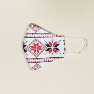 Текстилна предпазна маска с принт шевици бяла