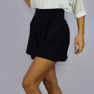 Къса пола-панталон